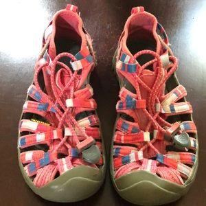 Size 1 kids Keen Sandals
